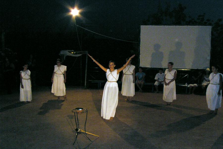Θεατρική αναπαράσταση Αφής Ολυμπιακής Φλόγας (2)